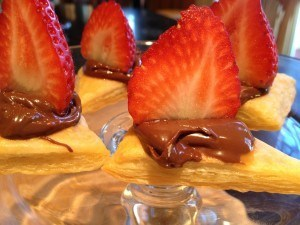Puffed Pastry Triangle with Nutella and Strawberries